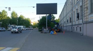 Digital экрана возле СГМУ